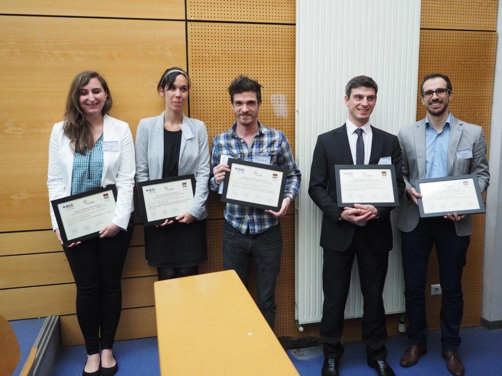 Lauréats des Prix de Thèse 2015 de la SFGBM. De gauche à droite : Charlène Bouyer (prix Innovation), Marianne Prot (prix Recherche),  Sébastien  Salles (mention Recherche), Adrien Kaladji (prix Recherche Translationnelle) et Paolo Irrera (mention Innovation)